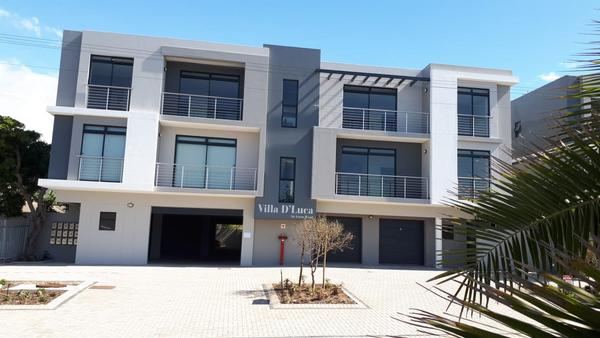 Property For Sale in Bloubergrant, Cape Town