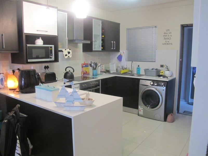 Property For Rent in Bloubergrant, Cape Town 3