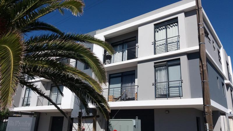 Property For Rent in Bloubergrant, Cape Town 16
