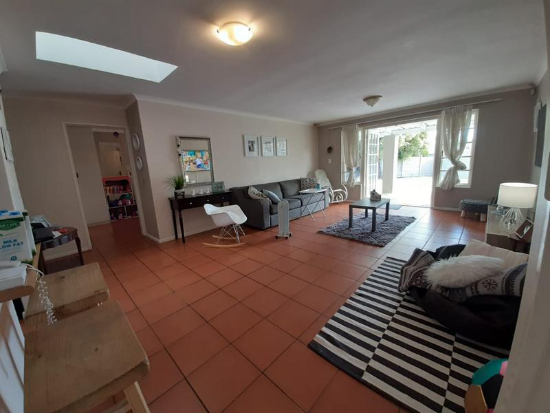 Property For Sale in Edgemead, Goodwood 2