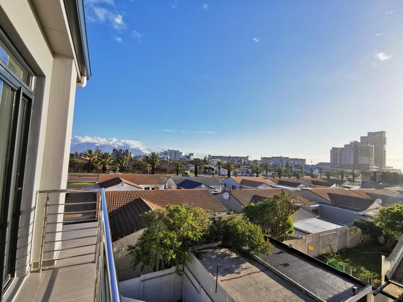 Property For Rent in Bloubergrant, Cape Town 10