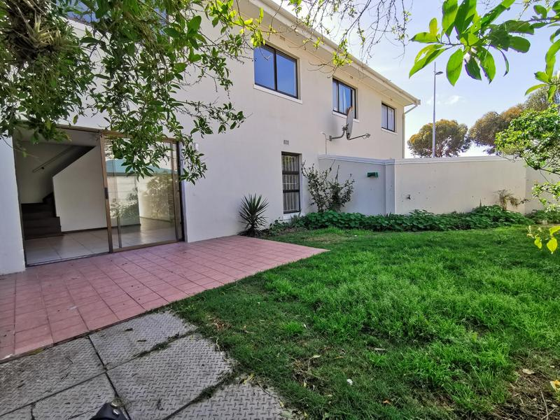 Property For Rent in Table View, Cape Town 2