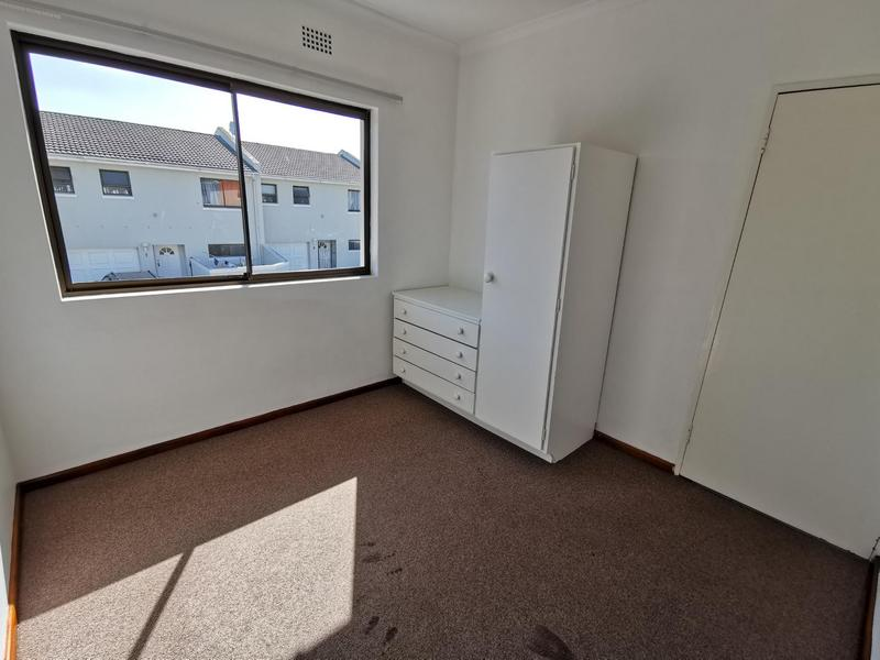 Property For Rent in Table View, Cape Town 9