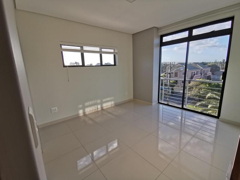 Property For Rent in Bloubergrant, Cape Town 11