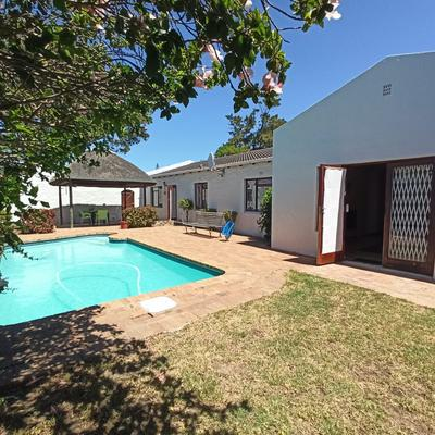 Property For Sale in Edgemead, Goodwood