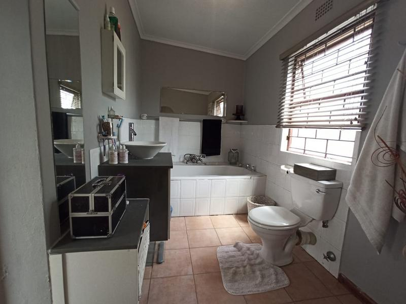 Property For Sale in Bothasig, Milnerton 11