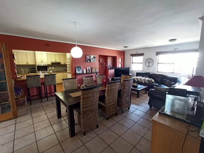 Property For Sale in Bothasig, Milnerton 9